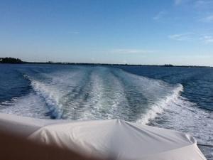a 2000 horsepower wake at 24 knots