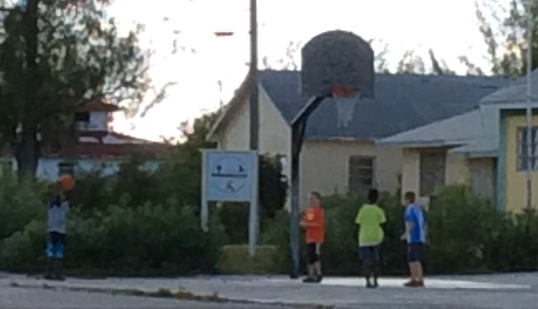Pick up basket ball game