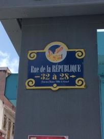 11-martinique-pedestrian-rue