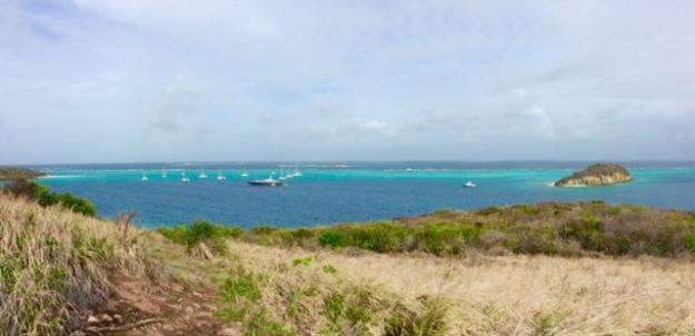 Hiking Petit Bateau, looking towards Baradol Island