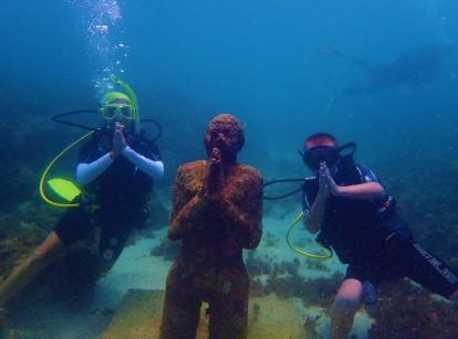 Paulette & Ryan, Underwater Sculpture Park, Molinere Bay, Grenada