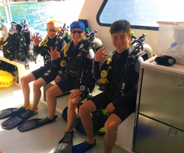 Ryan, Theresa & fellow diver Alfie getting ready to dive Turtle Reef in St. Lucia (Jan. 2018)