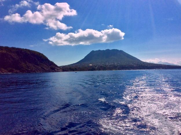 Quill Volcano & Oranje Bay, St. Eustatius (Dutch Caribbean)